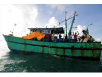 Indonesia: 35 Sri Lankans stranded on way to Australia