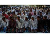Myanmar Muslims combat nationalist pressure on Eid