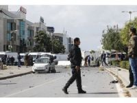 UPDATE - Tunisia: Suicide bombing near US Embassy, police killed